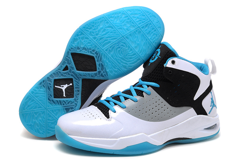 Nike Baskeball Shoes Ankle Support