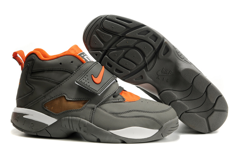 Home :: Men Footwear :: Basketball :: Nike Air Diamond Turf Deion