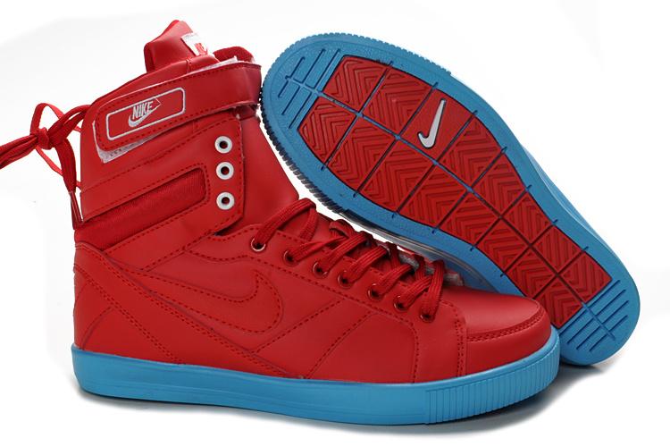 Nike Classic High Top Womens Shoes