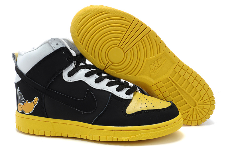 Nike Dunk High Daffy Duck