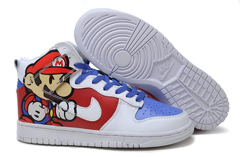 Nike Dunk High Luigi
