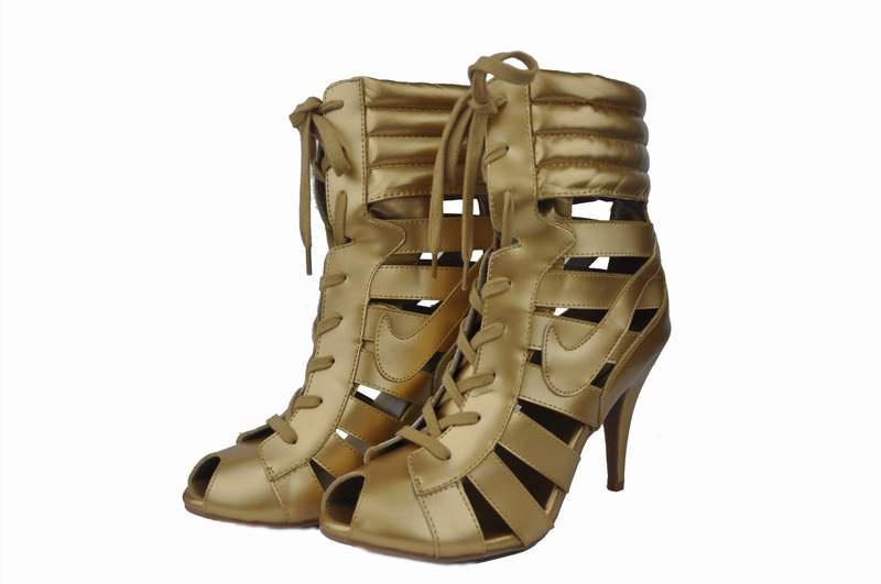 nike high heel sandals