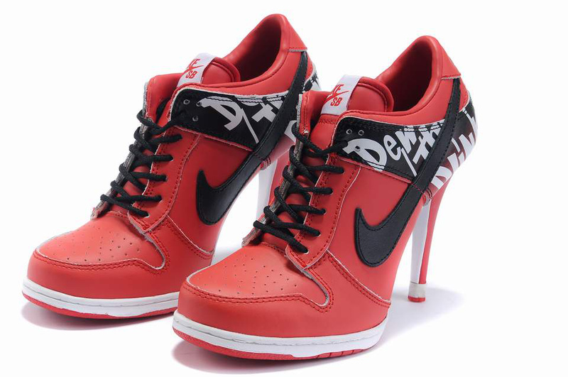 Women's Nike Dunk Low Heels